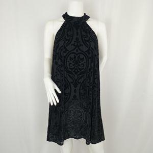 Francesca's Sleeveless Velvety Embossed Dress